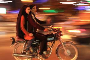 Irã Caio Vilela 3 300x200 - Noeixo do bem - Uma viagem ao Irãdo século 21