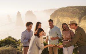 Tourism Australia Great Walks of Australia 300x190 - Descubra as melhores rotas de trekking da Austrália
