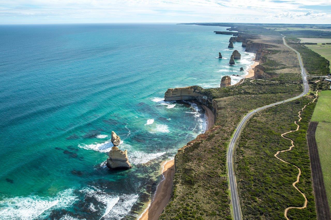 Tourism Australia Twelve Apostles 12 - Conheça as mais belas praias da Austrália e planeje sua viagem!