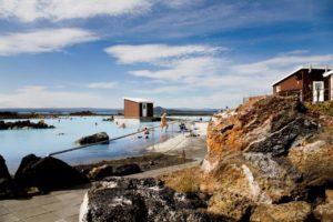 Blue Lagoon2 300x200 - Pretende viajar para a Islândia? Confira as principais atrações