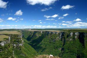 Conheça a região natural de Aparados da Serra!