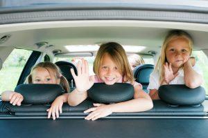 Viajar com crianças e adolescentes: Cuidados e dicas por faixa etária