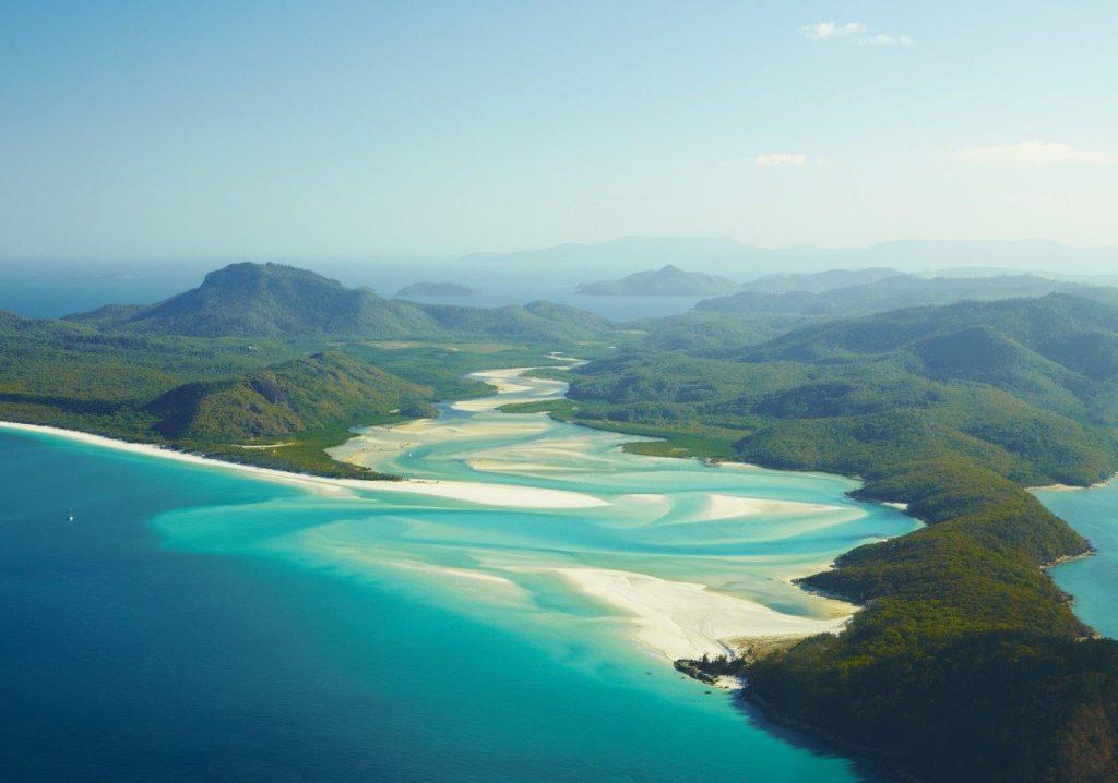 Dentre as praias da Austrália, Whitehaven se destaca