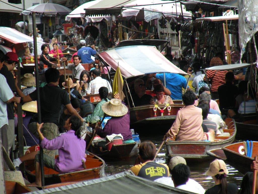 Bangkok out 2010 16 Cópia - Por que incluir Bangkok, na Tailândia, no seu roteiro?