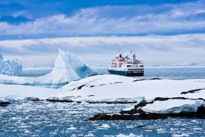 Fazer um cruzeiro de expedição pela Antártica ou Patagônia? Escolha aqui!