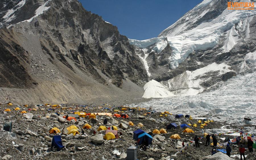 Nepal Everest Campo Base 03 - Viagens em grupo com guia brasileiro: como funciona?