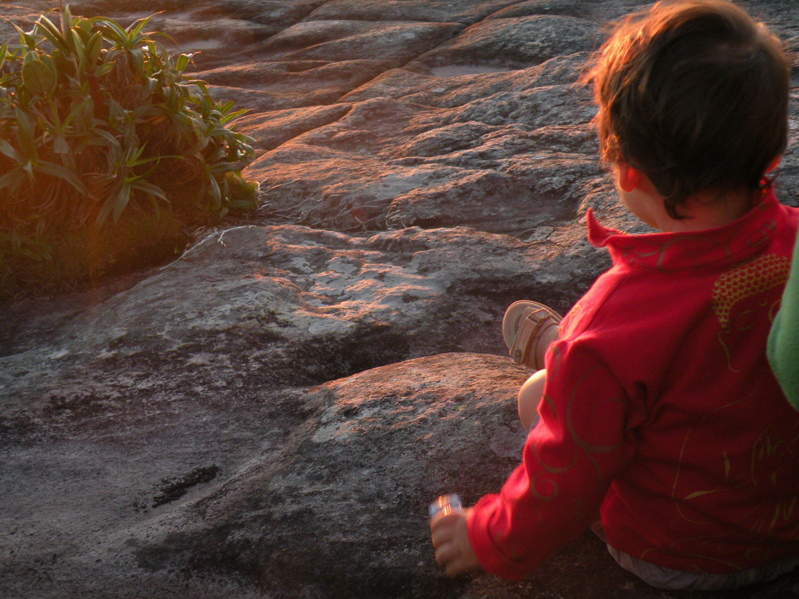 Pai Inacio 3 scaled - Dicas para viajar com bebês e crianças pequenas.